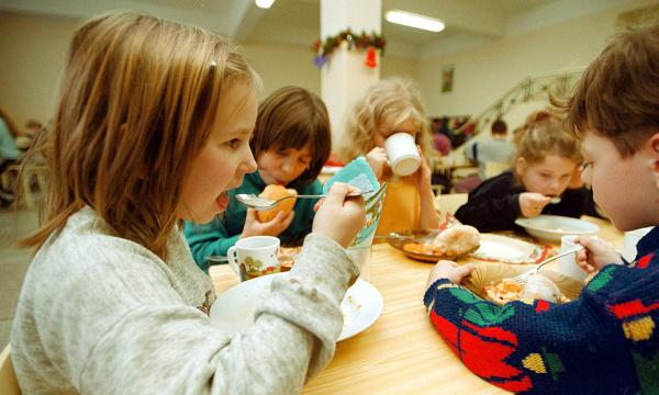 Czy szkoły żywią zdrowo?