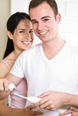 Polacy zbyt rzadko wymieniają szczoteczki do zębów