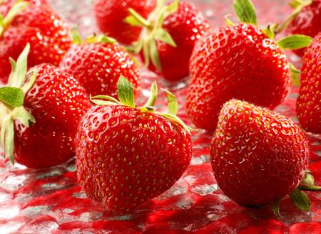 Wiosenna dieta, czyli truskawki dla bielszych zębów