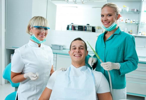 Jaki rynek pracy dla asysty stomatologicznej?