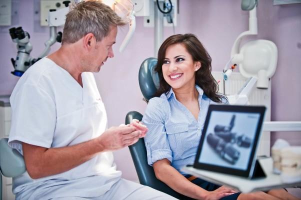 Nakładkowe wybielanie zębów – jak to działa?