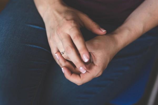Zespół cieśni nadgarstka – choroba asysty stomatologicznej