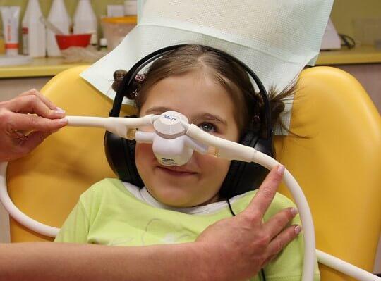 Sedacja wziewna w leczeniu stomatologicznym – co to jest?