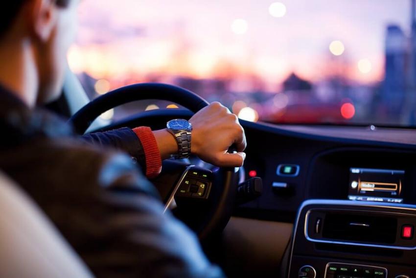 Wydatki na samochód w firmie – jak je rozliczyć?