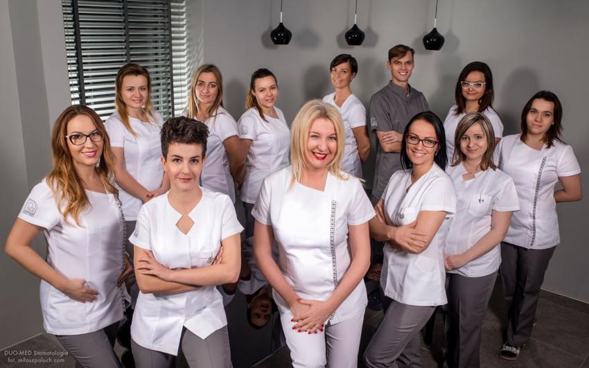 """Z Wrocławia przez """"e-Dentico"""" do Poznania: prof. Marzena Dominiak w najnowszym numerze dwumiesięcznika"""