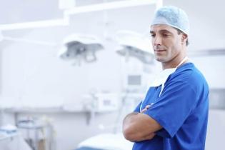 Dentonet - polscy lekarze są przepracowani