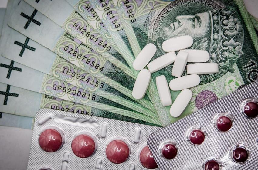 Udział w reklamach leków nie dla lekarzy i lekarzy dentystów