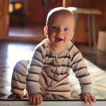 Jak dbać o zęby u niemowlaka - Dentonet.pl
