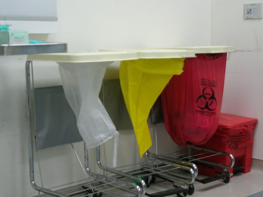 Segregacja odpadów medycznych w gabinecie stomatologicznym