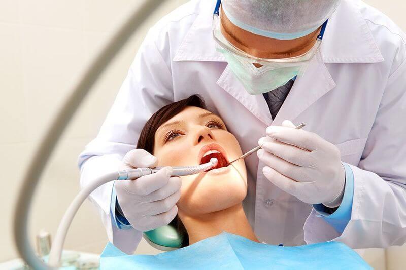 Naczelna Rada Lekarska o rozporządzeniu ws. leczenia stomatologicznego