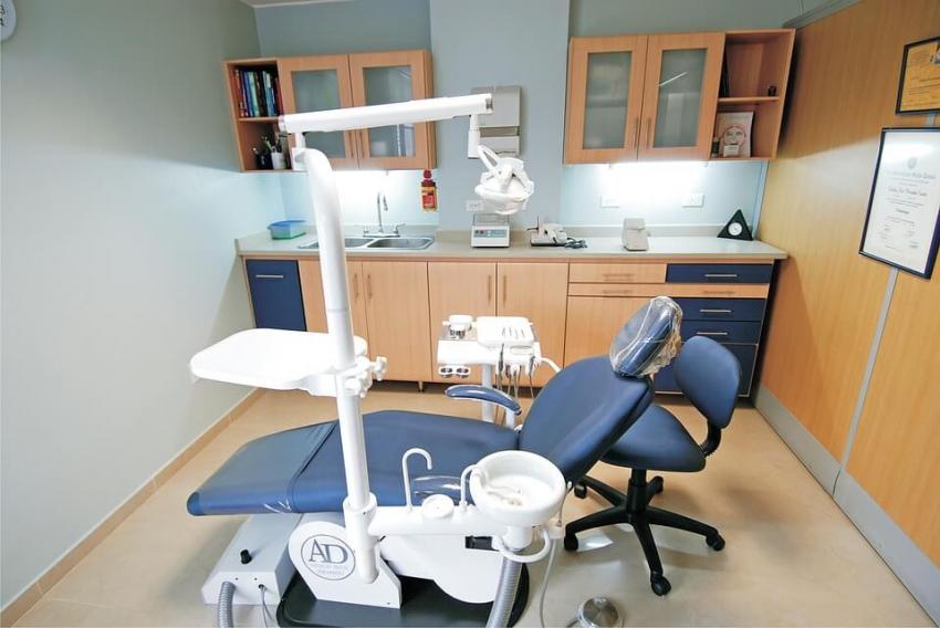 Nowoczesne pracownie nauki umiejętności stomatologicznych dla studentów