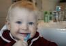 Wielka Brytania: matki nie wiedzą, jak myć zęby swoich dzieci