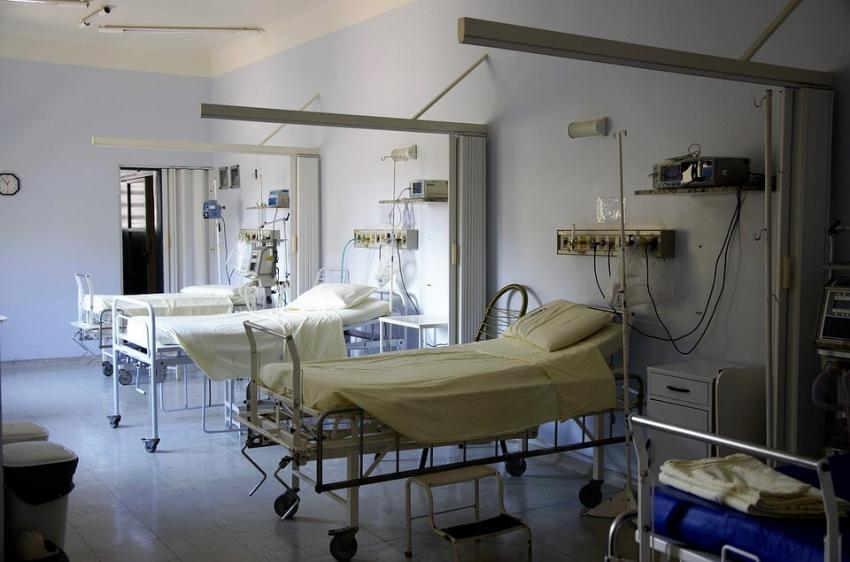 Szpitale covidowe wracają już do normalnej pracy