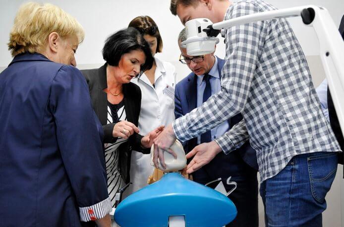 GUMed: nowoczesna pracownia symulacji stomatologicznej otwarta