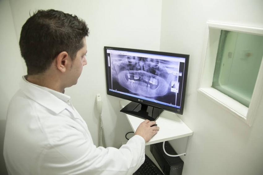 Ministerstwo zdrowia: mniej miejsc na studia stomatologiczne