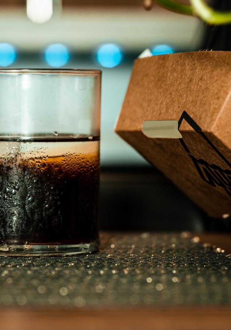 Podatek od słodzonych napojów coraz bliżej, trwają prace rządu