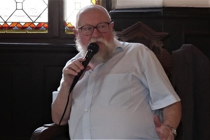 Prof. Jerzy Bralczyk na Krakdencie