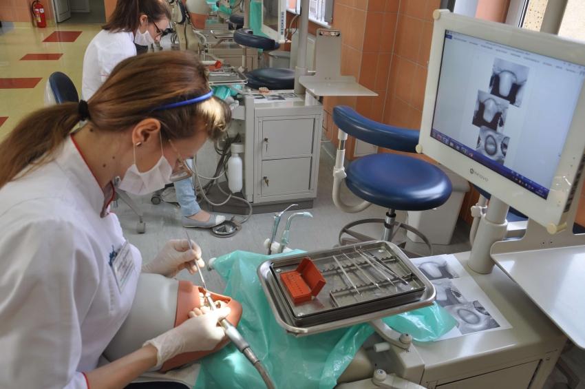 Pomorski Uniwersytet Medyczny bardzo stomatologicznie!