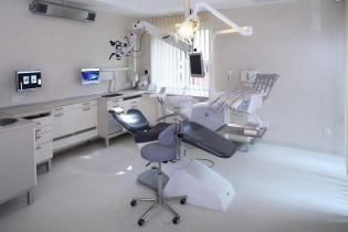 Pasjonat stomatologii poszukiwany