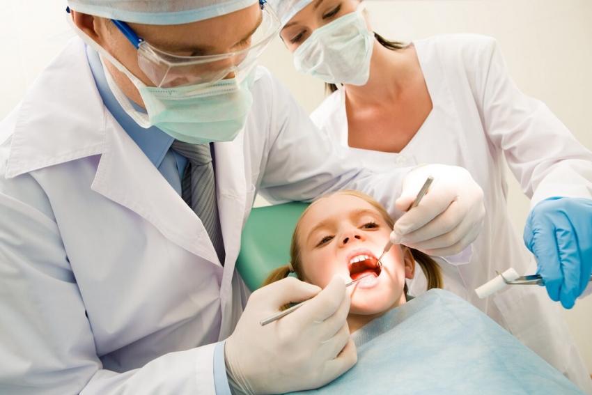 Dentysta dla wrocławskich uczniów pilnie poszukiwany!