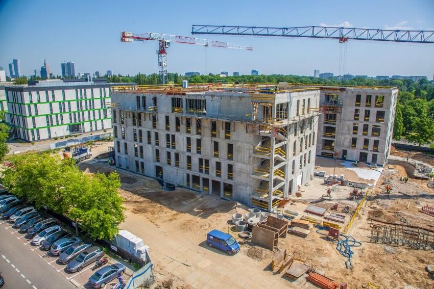 Warszawa: Uniwersyteckie Centrum Stomatologii coraz bliżej