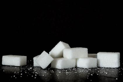 Biały cukier może pobudzać komórki nowotworowe