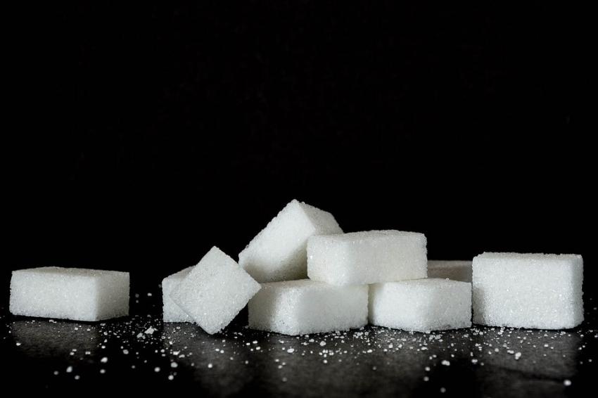 W Polsce rośnie spożycie cukru, więcej cukru jemy poza domem