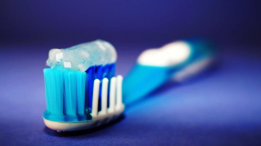Triklosan z pasty do zębów powoduje antybiotykooporność?