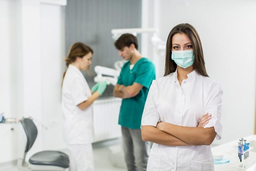 """Higiena stomatologiczna wymaga pilnego uregulowania"""