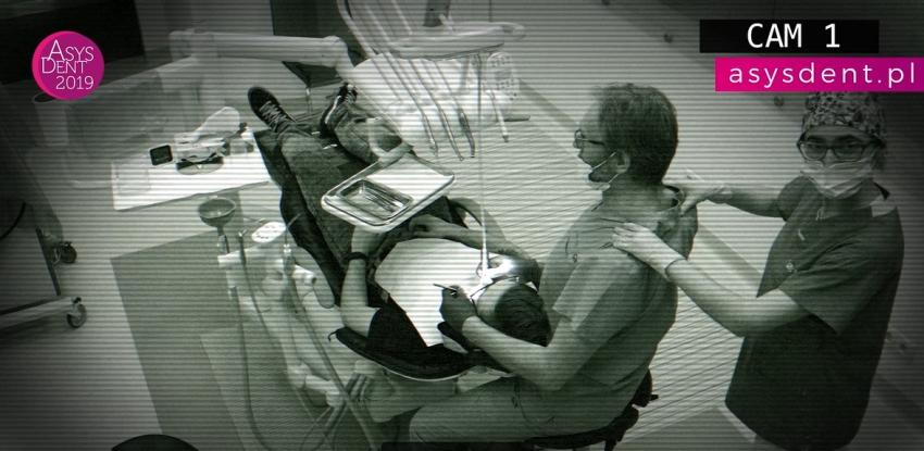 Team work w stomatologii pod szczególnym nadzorem [film]