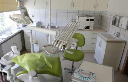 Szkolny gabinet stomatologiczny w Toruniu