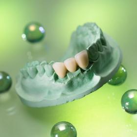 Gdy dentystę na kurs wysyła… technik