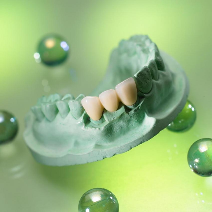 Gdy lekarza na kurs wysyła… technik dentystyczny