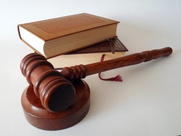 10 lat więzienia za błąd lekarza? NRL rozmawia z prezydentem