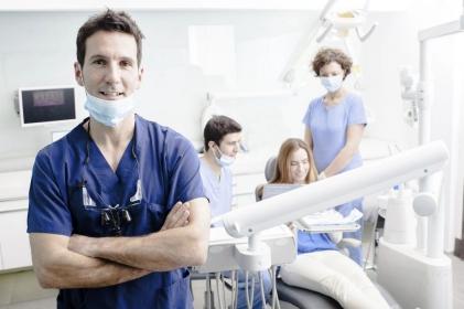 NRL kontynuuje rozmowy o stomatologii
