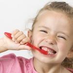 jak dbać o zęby dziecka