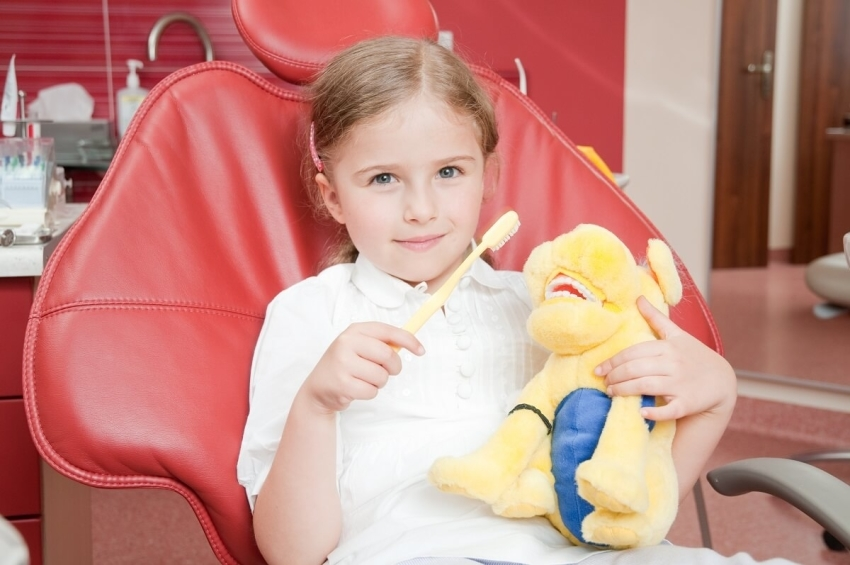 Słubice: uczniowie przez cały rok szkolny pod opieką dentysty
