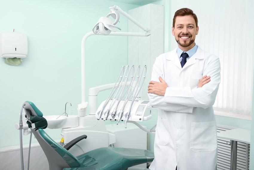 Jak wspomóc pacjenta ze stanem zapalnym w jamie ustnej?