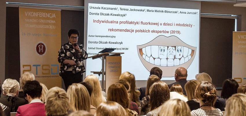 Wizyty dziecka u dentysty obowiązkowe? Konferencja PTSD