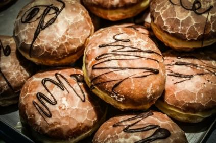 Uwaga na cukier! Jak zadbać o zdrowe zęby (nie tylko) w Tłusty Czwartek?