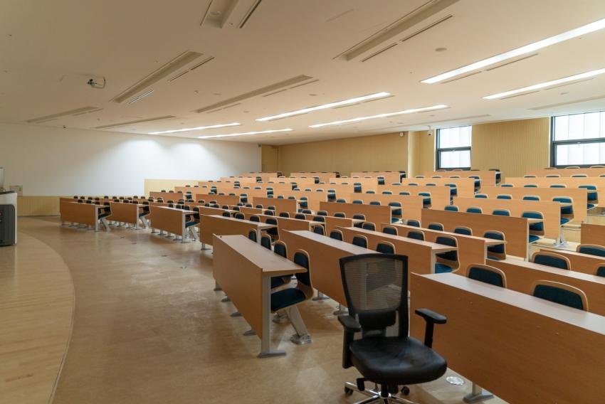 Zajęcia na uczelniach wyższych zawieszone do 10 kwietnia