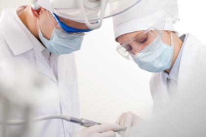 NNW dla personelu medycznego