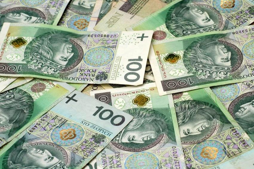 Ministerstwo zdrowia: 10 mln zł na profilaktykę próchnicy dla młodzieży