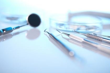 UK: kolejny lockdown uderza w publiczną stomatologię
