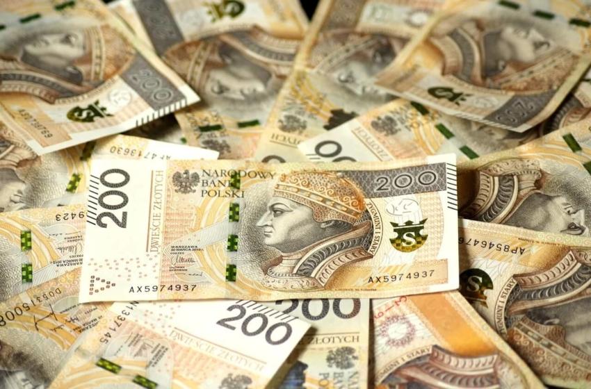 NFZ przeznaczył dodatkowe 39 mln zł dla publicznej stomatologii