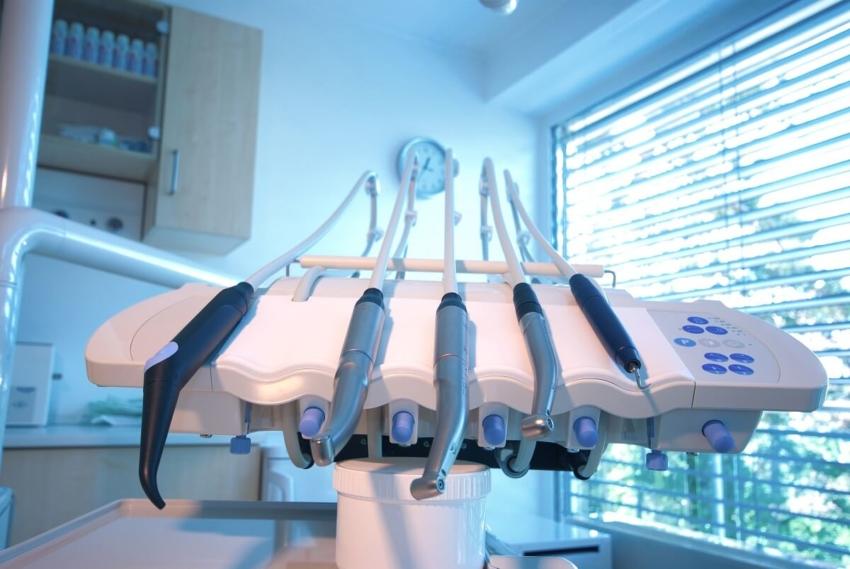 Łódź bez dentysty w nocy, niedziele i święta
