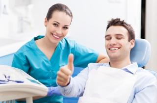 Zatrudnię lekarza stomatologa Puławy