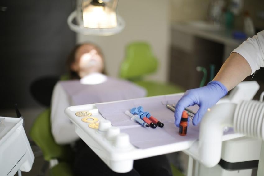 Uwaga na zaburzenia krzepnięcia krwi u pacjentów stomatologicznych!