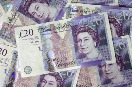 Anglia: przed świętami drożej w gabinetach NHS