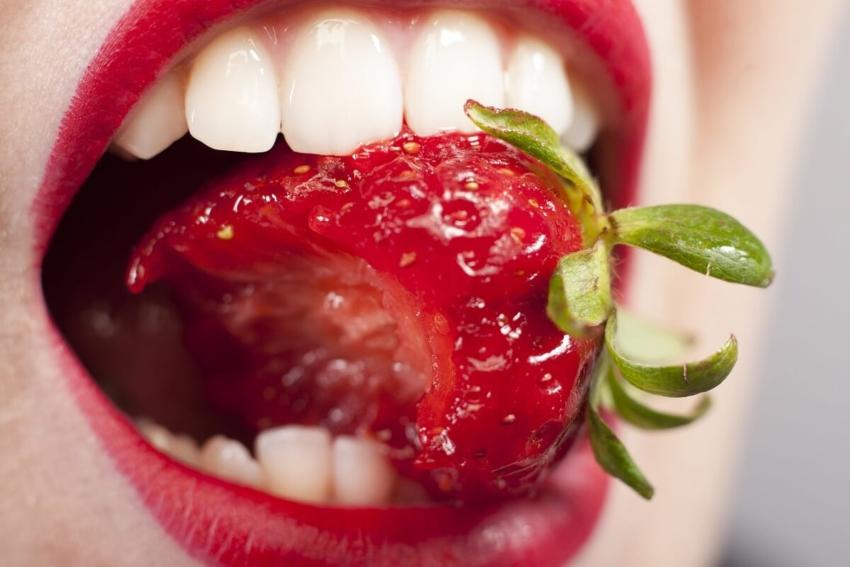 Erozja zębów – jak radzą sobie z nią duńscy dentyści?